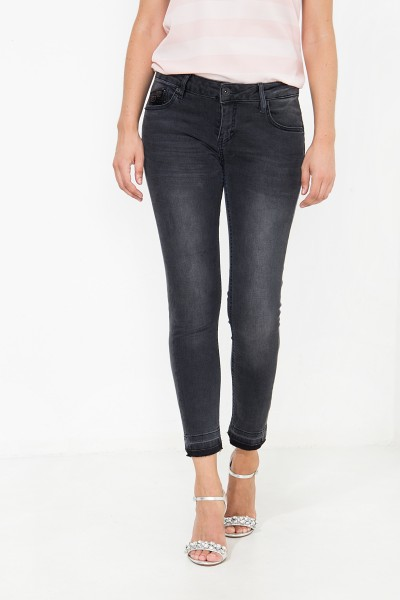 ATT JEANS Capri Jeans mit Wonder Stretch, Slim Fit Leoni